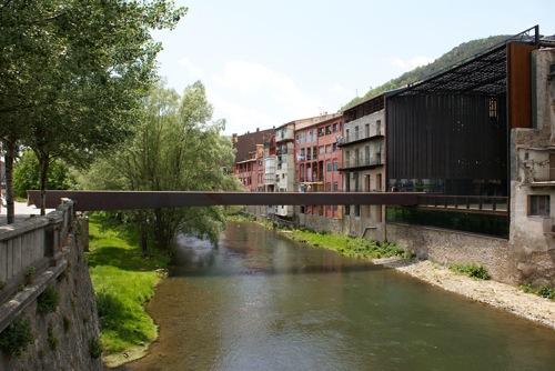 Plaza-puente en Ripoll (2/4)